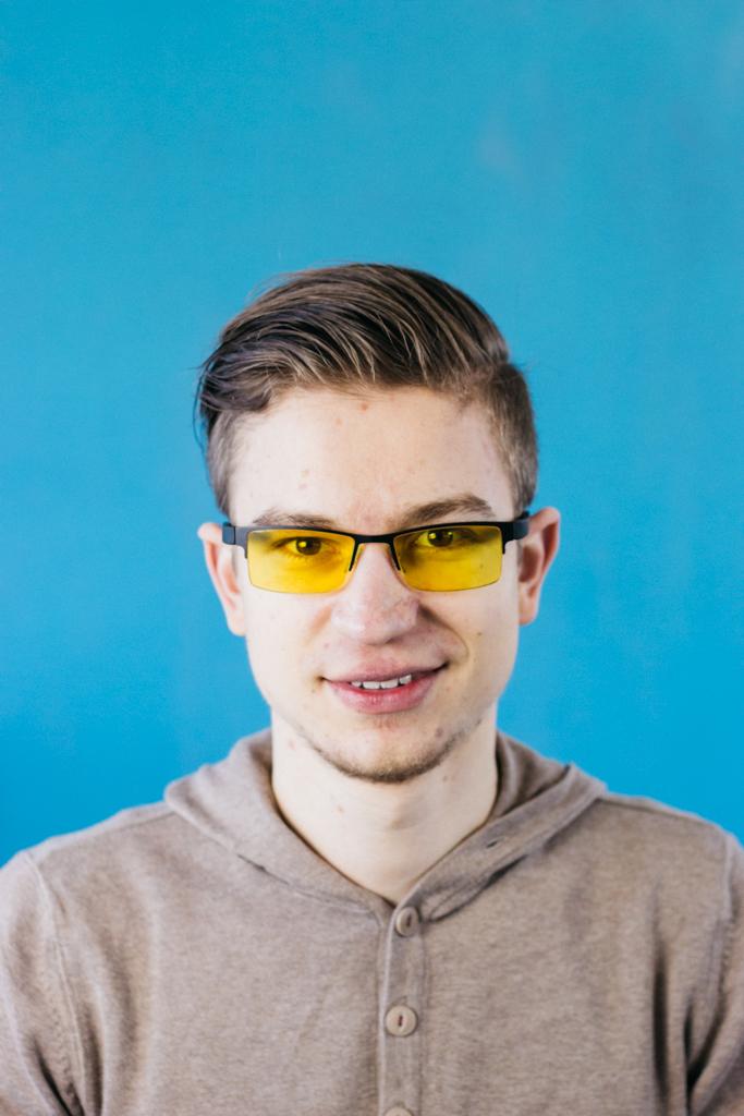 Blaulichtfilter Brille KLIM von Vorne